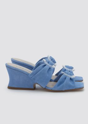 Valentina Wedge / Malibu – About Arianne