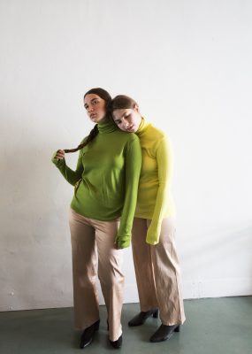 RocketxLunch Turtleneck – Yellow