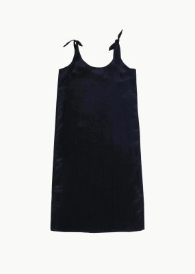 AMOMENTO TIED SLIP DRESS – Black