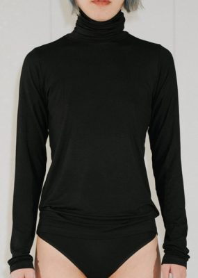 BASIC TURTLE NECK – BAMBOO / Black (Pre order)