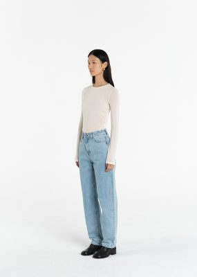 AMOMENTO SOLID FLARE PANTS (Light Blue)