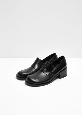 AMOMENTO ROUND PENNY LOAFER